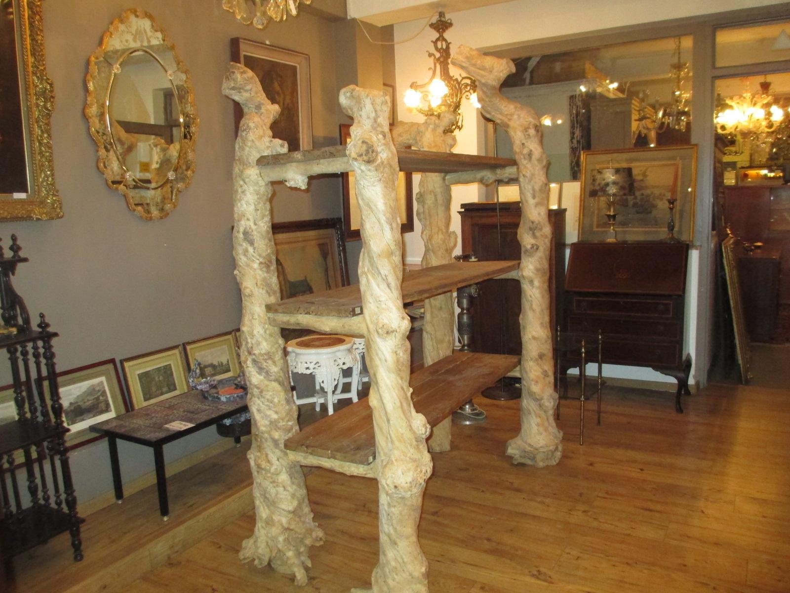 étagère en bois flotté Image