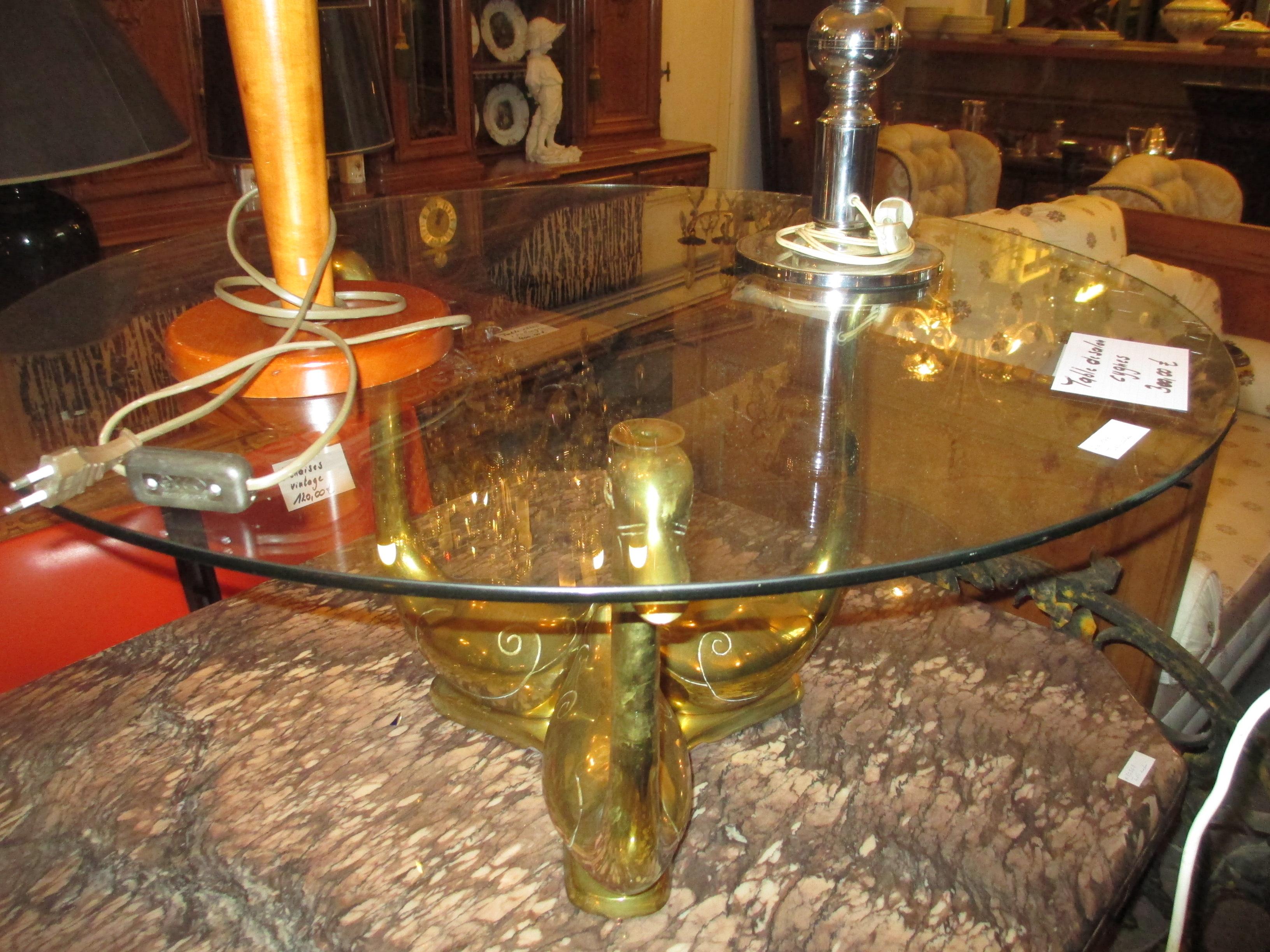 table de salon design cygnes Image