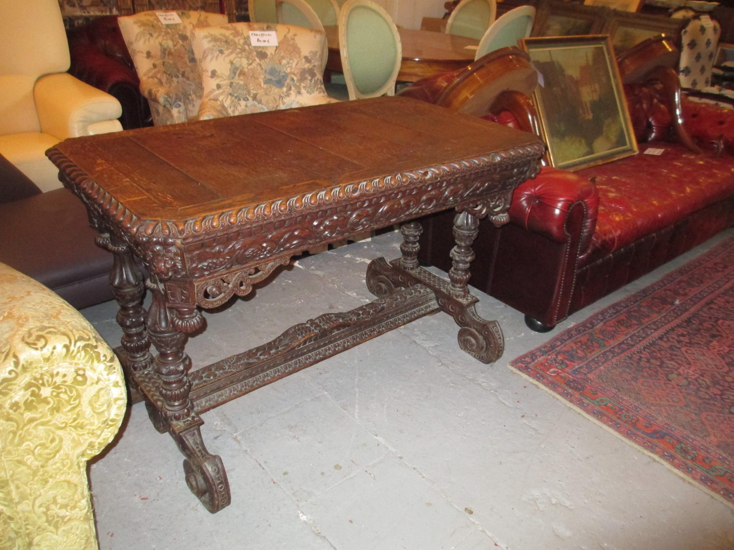 Petite table renaissance Image